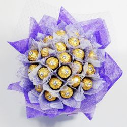 ​24 Ferrero in Bouquet