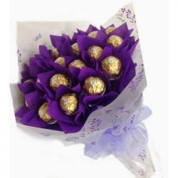 ​16 Ferrero in Bouquet