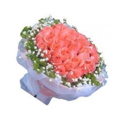 ​36 Pink Roses in Bouquet with Seasonal Flower