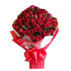 60 Red Roses in Bouquet