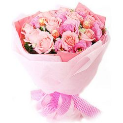 ​12 Pink Roses In Bouquet