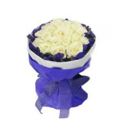 12 White Roses in Bouquet with Seasonal Flower